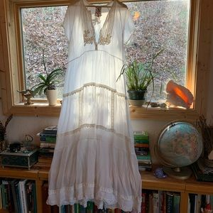 Johnny Was EUC White long rayon embroidered dress